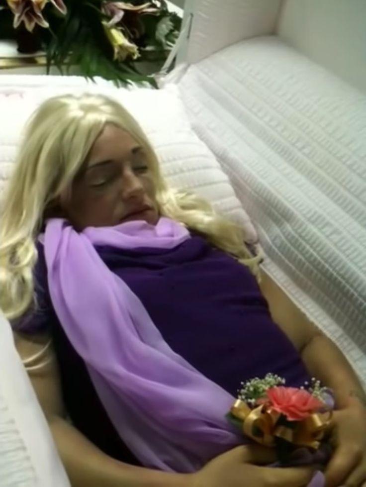 Funeral Summer Donna Casket