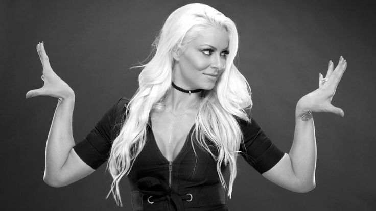 33 Hair Wrestlemania Banks Sasha