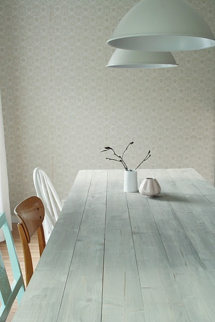 White Kitchen Table And 6 Chairs