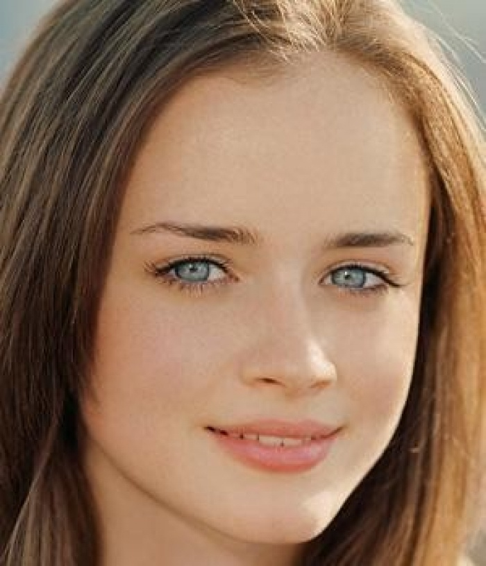 Brown Hair Light Blue Eyes