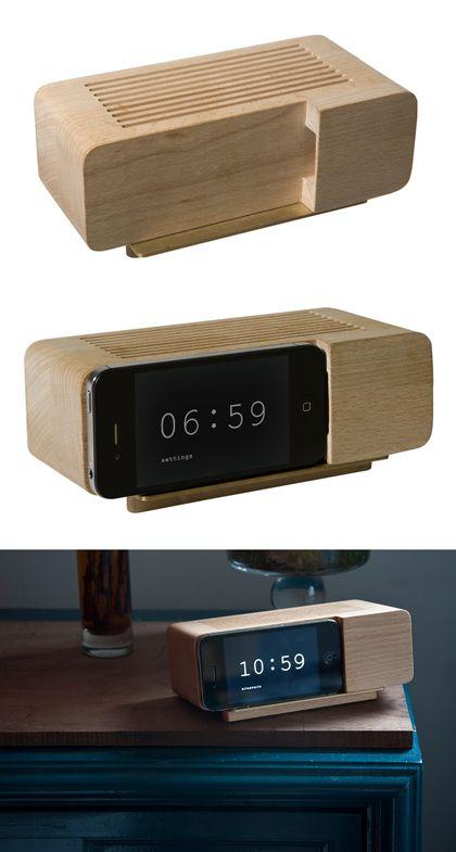 Retro Iphone Alarm Dock