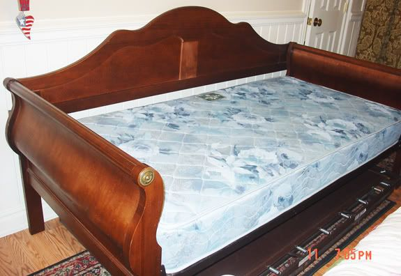 Coastal Daybed With Popup Trundle Or I Can Get A Simple
