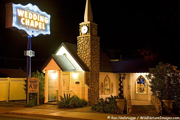 Graceland Wedding Chapel Las Vegas