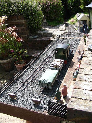 How Build Garden Train Layout