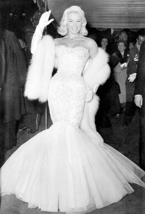 17 Best Images About Diana Dors On Pinterest