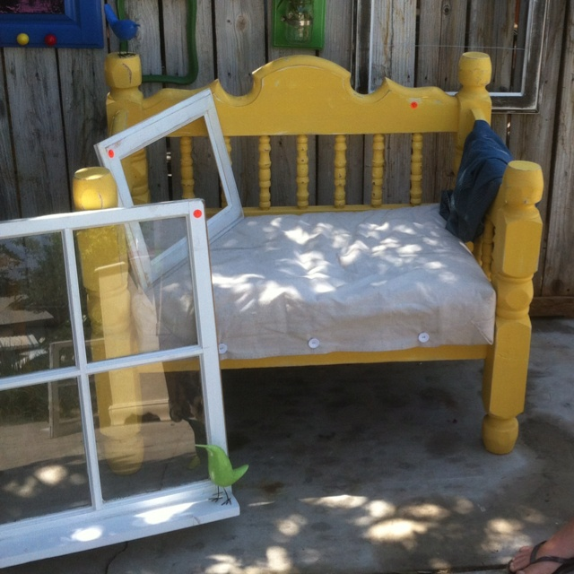 17 Best Images About Uses For Old Bed Frames On Pinterest