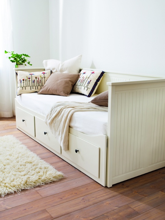 Pull Out Sleeper Couch