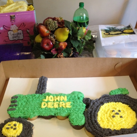 Apart Pull Tractor Cupcake Cake