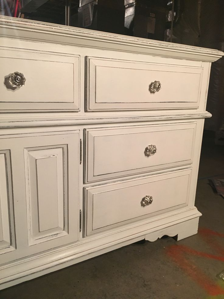 20 Year Old Broyhill Oak Dresser Painted With Black Chalk