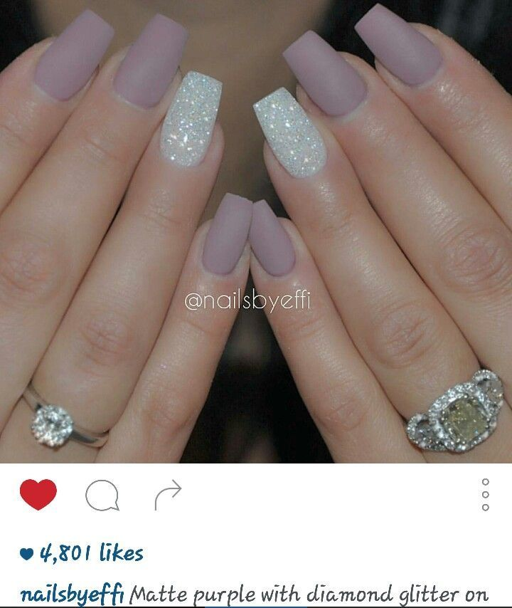 Crown Diamonds Acrylic Nails Designs