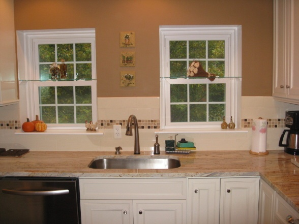 Small Kitchen Design 12x12
