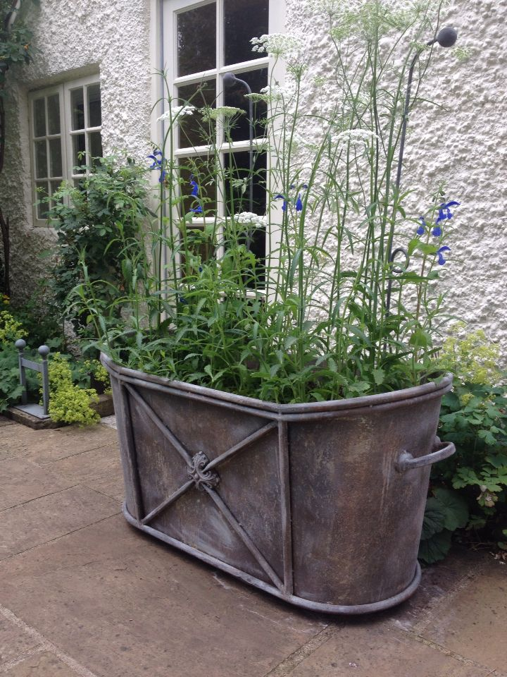 Masters Raised Garden Planter