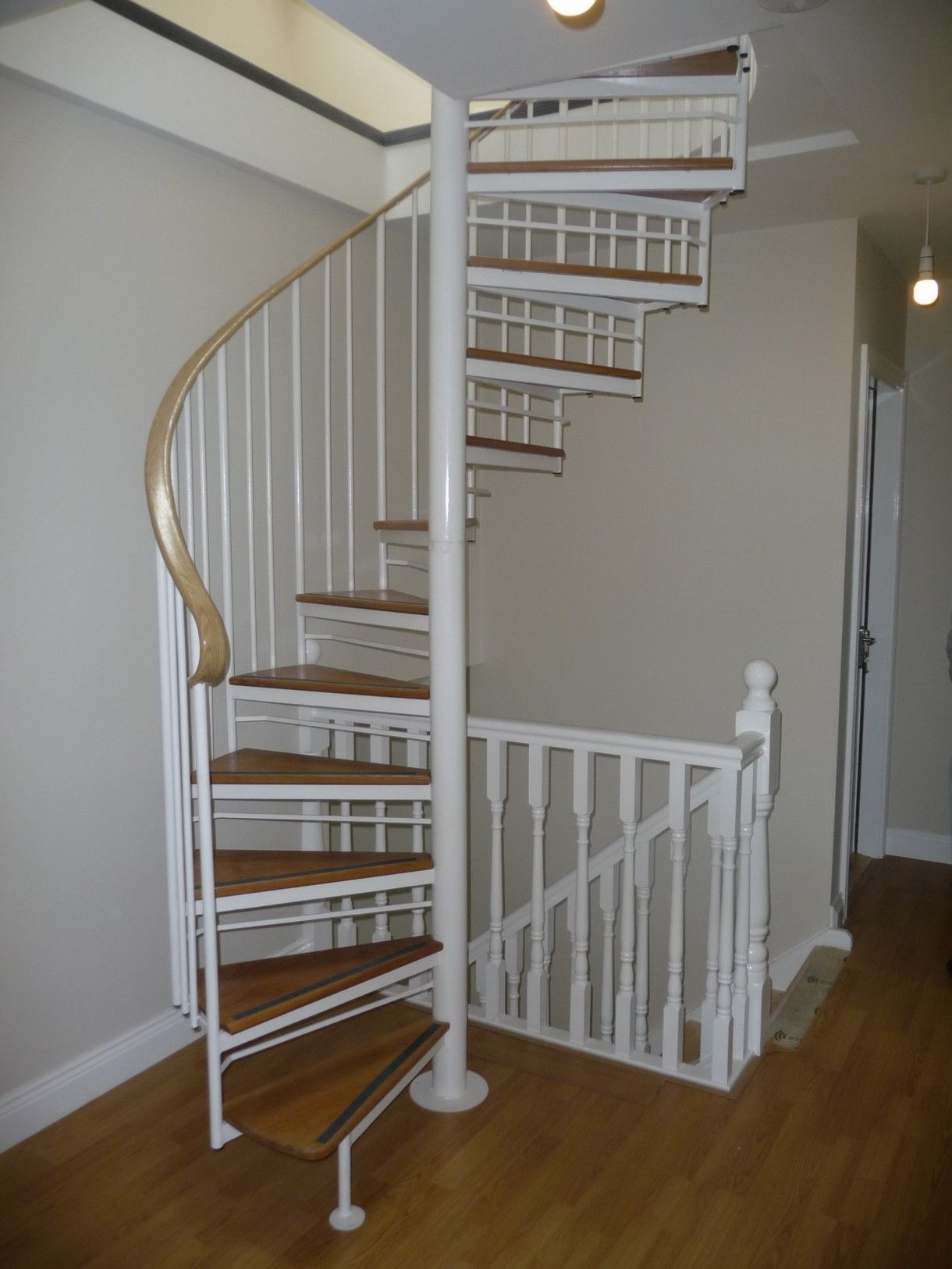 Metal Spiral Staircase For Sale Violet Hill' Executive Spiral Stairs Next Door Neighbor | Spiral Staircase For Sale