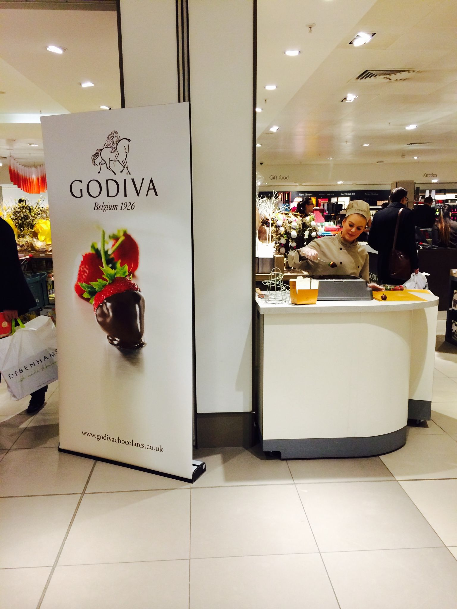Experience Godiva Dipped Strawberries At Our Pop Up Shop