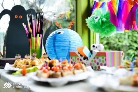 Decoration For Birthday Party For 1st Birthday At Home   valoblogi com Decoration for sasha bday also monster st birthday party pinterest rh