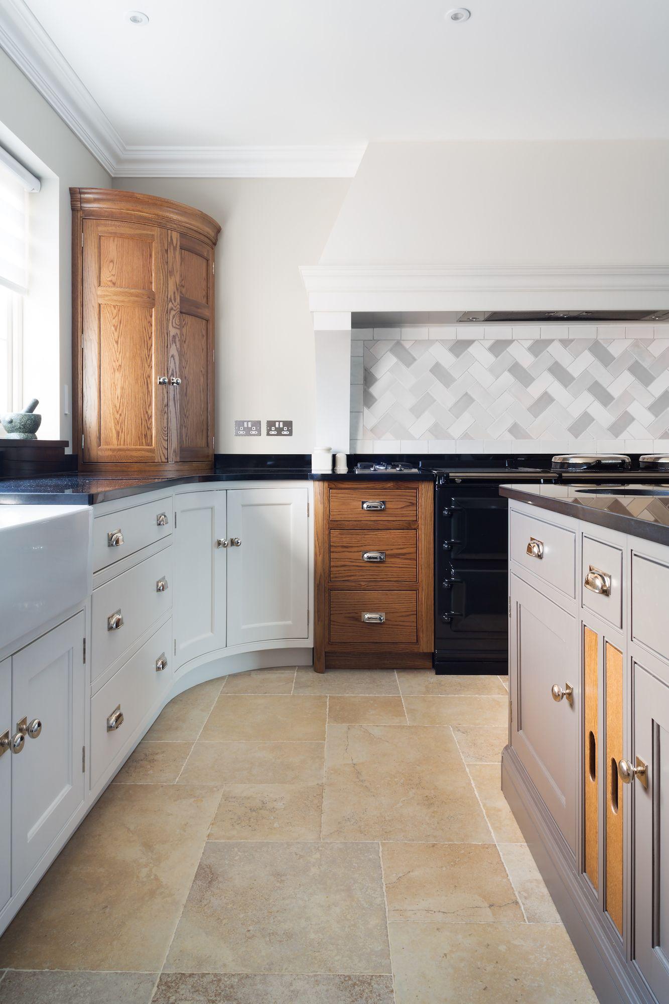 Best Kitchen Gallery: Luxury Country Kitchen Maldon Essex Humphrey Munson Kitchens of Luxury Country Kitchens on rachelxblog.com