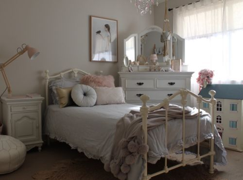 Girls Single Size Claremont Cast Iron Bed Vintage White