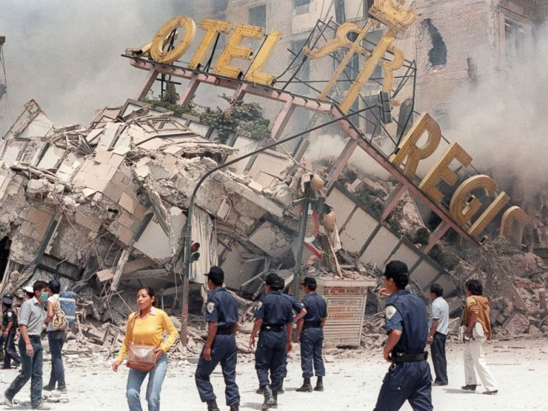 A look back at the 1985 Mexico quake that killed thousands   ABC News PHOTO  The ruins of Hotel Regis  flattened in the 8 0 magnitude earthquake  that struck
