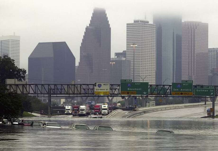 Remembering when Tropical Storm Allison flooded Houston   Houston     PHOTOS  When Tropical Storm Allison hit Houston in 2001 Overflow from White  Oak Bayou spilled