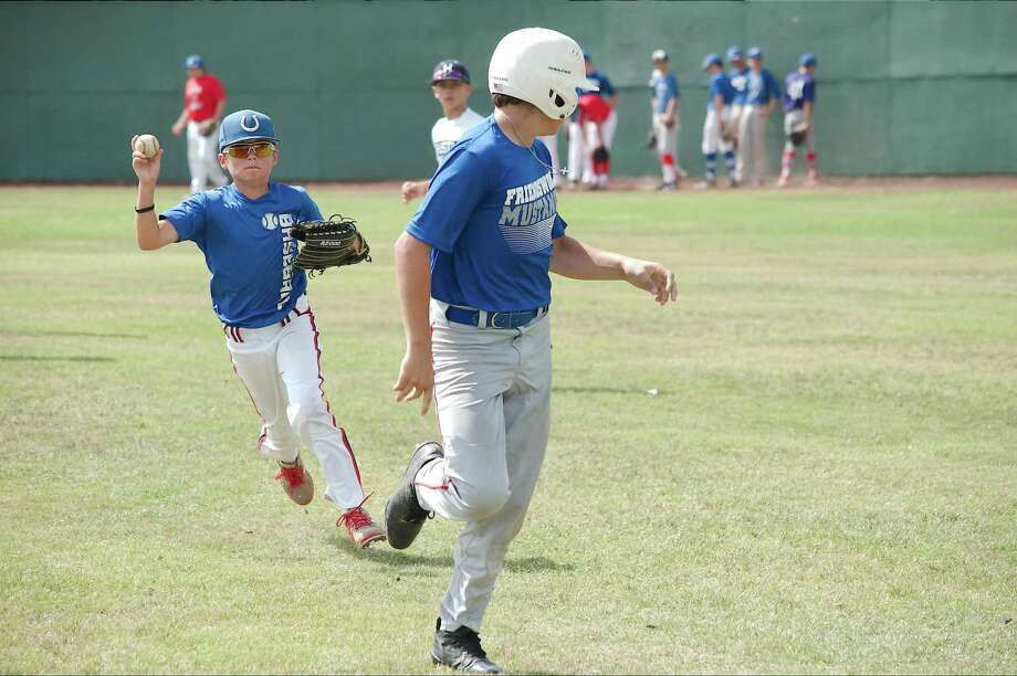 Baseball: Benavides conducts first camp as Friendswood ...
