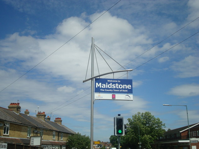 Welcome To Maidstone Sign 169 Stacey Harris Geograph