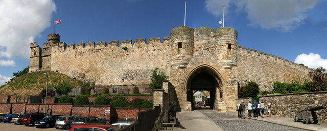 Lincoln Castle East Gate 169 Jo Turner Geograph Britain