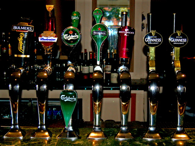 Conrad Hotel Beer Taps In Lower Level 169 Joseph Mischyshyn Cc By Sa 2 0 Geograph Ireland