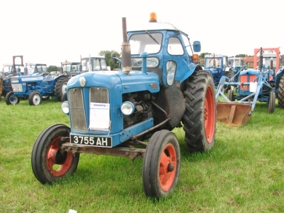 1958 ford cars » 1959 Fordson Power Major tractor      Evelyn Simak    Geograph Britain     1959 Fordson Power Major tractor