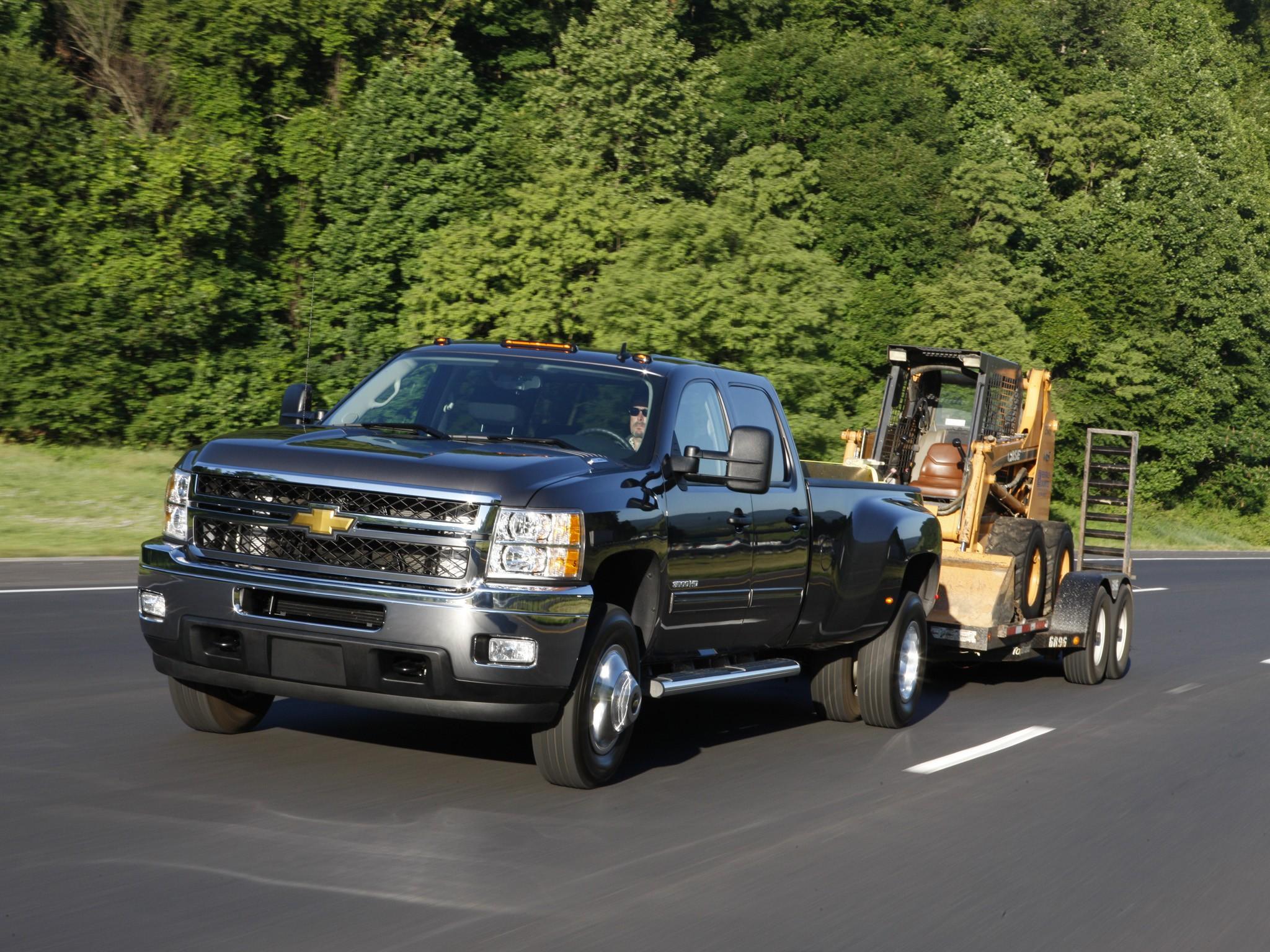 Chevy Silverado 2500 Duramax Dually