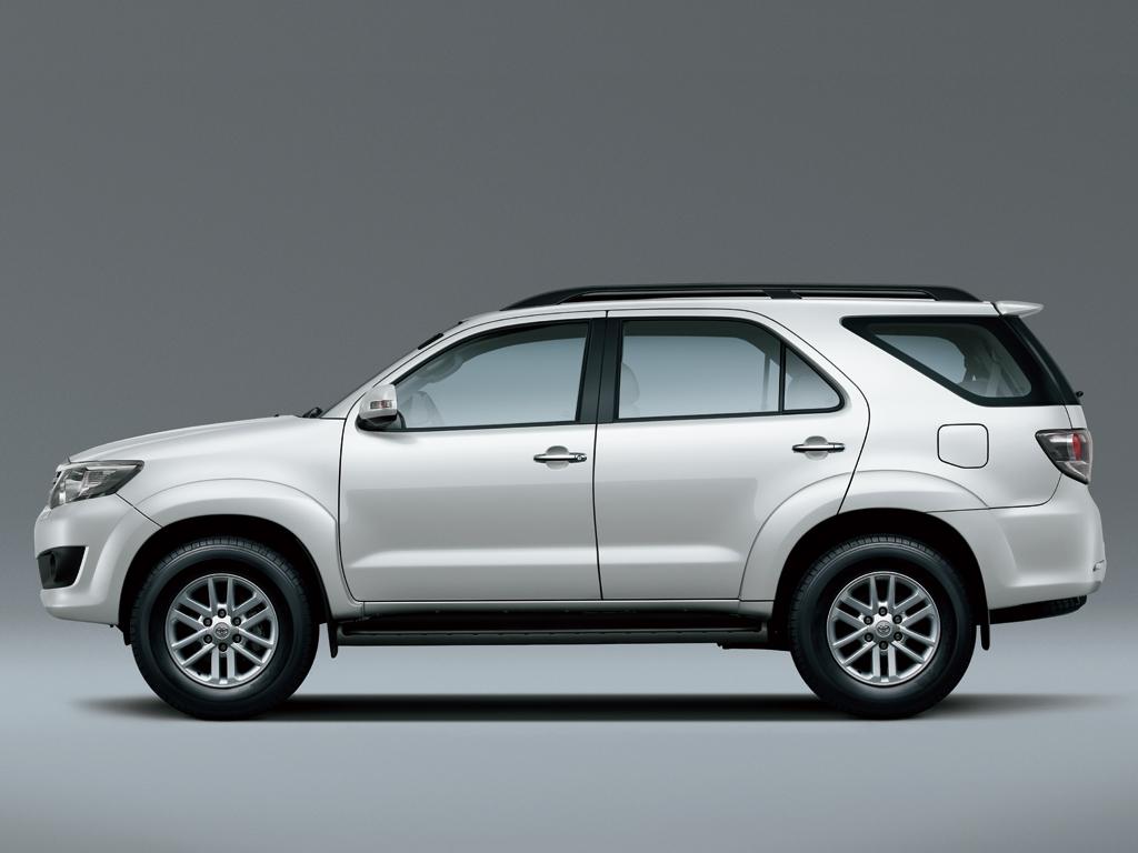 Toyota Fortuner Specs Amp Photos 2011 2012 2013 2014