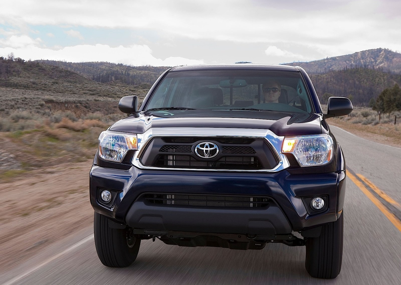 Toyota Tacoma Double Cab Specs Amp Photos 2011 2012 2013