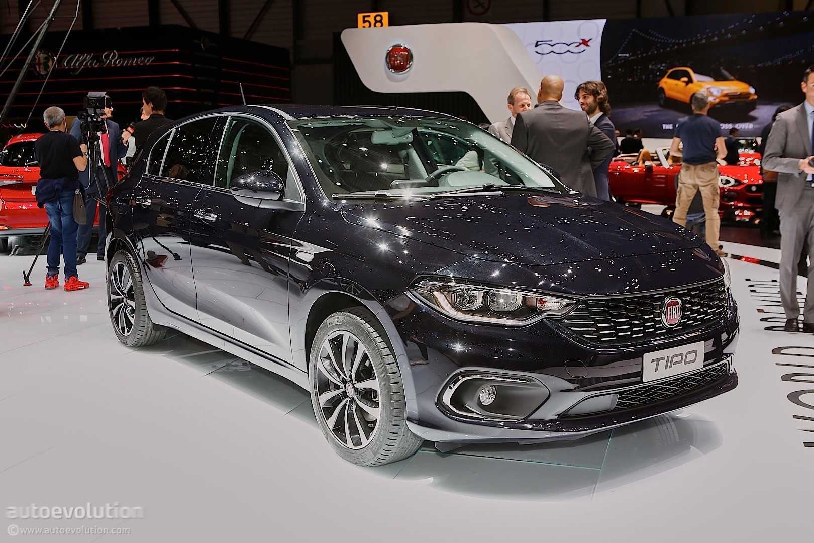 2016 Fiat Tipo Hatchback Priced At 12 750 In Italy