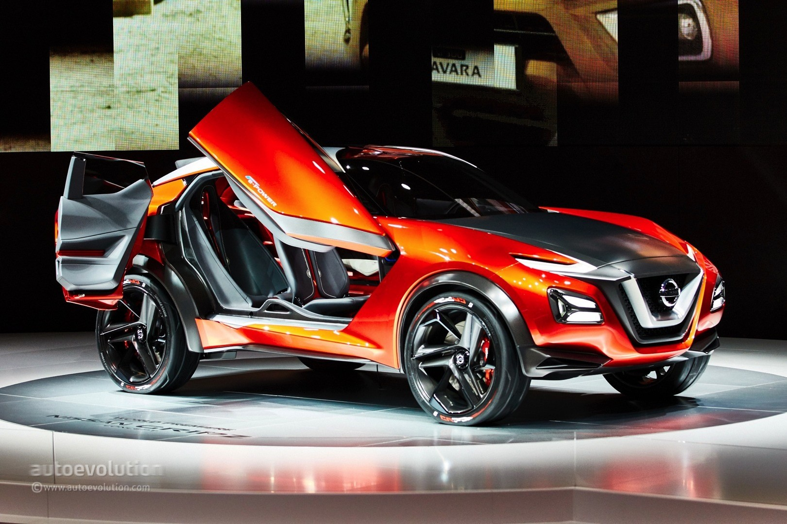 Nissan Gripz Crossover Concept Expands Z Family In