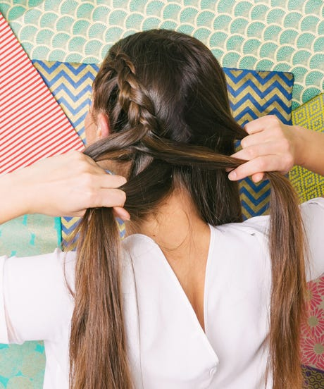 Easy 5 Minute Hairstyles For Long Hair Page 1