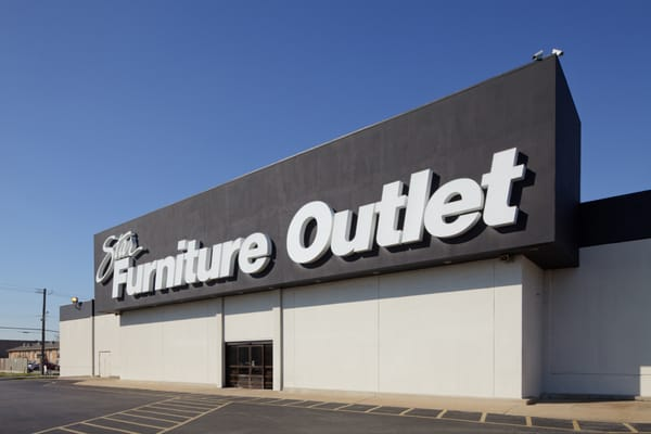 Clearance Furniture Outlet Near Me