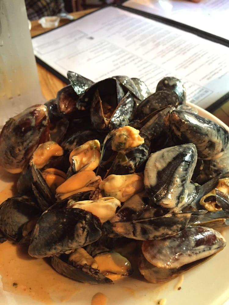 Find Seafood Restaurants Near Me