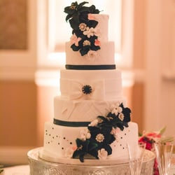 Best Wedding Cake Bakeries Near Me   September 2018  Find Nearby     Cake Coquette