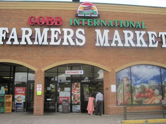 Cobb International Farmers Market