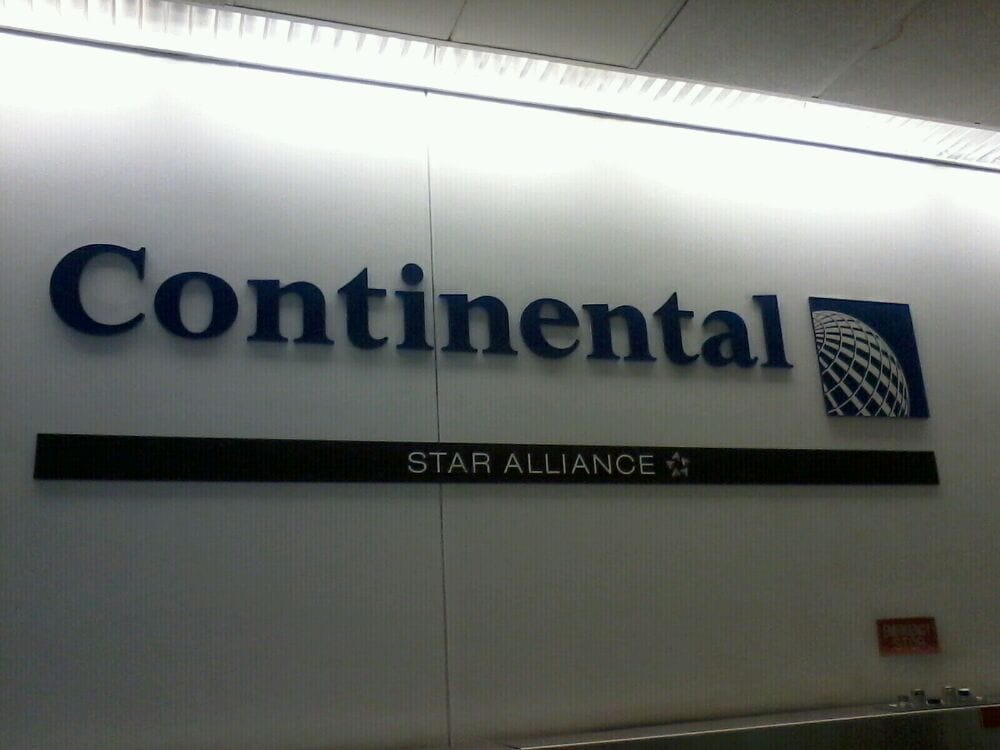 Continental Airlines - CLOSED - Airlines - Laguardia ...