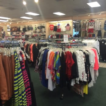 Its Fashion   Women s Clothing   1019 S Fort Hood Rd  Killeen  TX     Photo of Its Fashion   Killeen  TX  United States