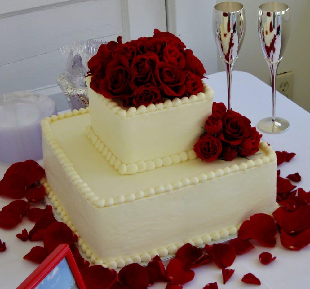 2-tier square wedding cake for a smaller wedding reception ...