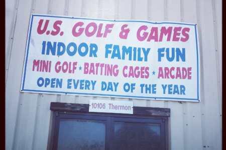 Indoor Water Park » indoor golf houston   Indoor Water Park
