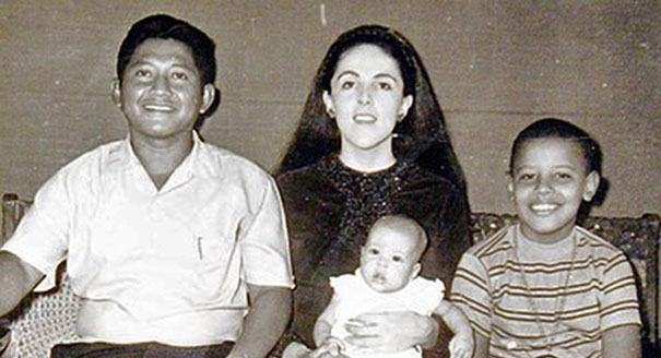 Book questions Obama mom story - POLITICO