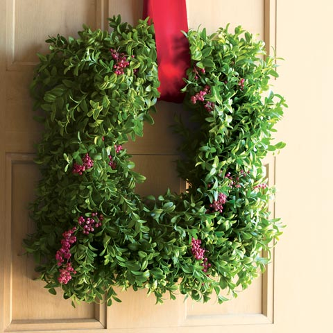 Square Boxwood & Pepperberry Wreath, All Gifts: Olive & Cocoa