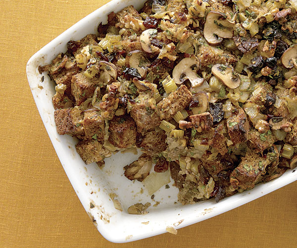 Harvest Bread Stuffing   Recipe   FineCooking Harvest Bread Stuffing