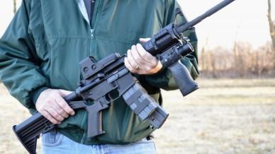 Man-carries-AR-15-via-Shutterstock-800x430