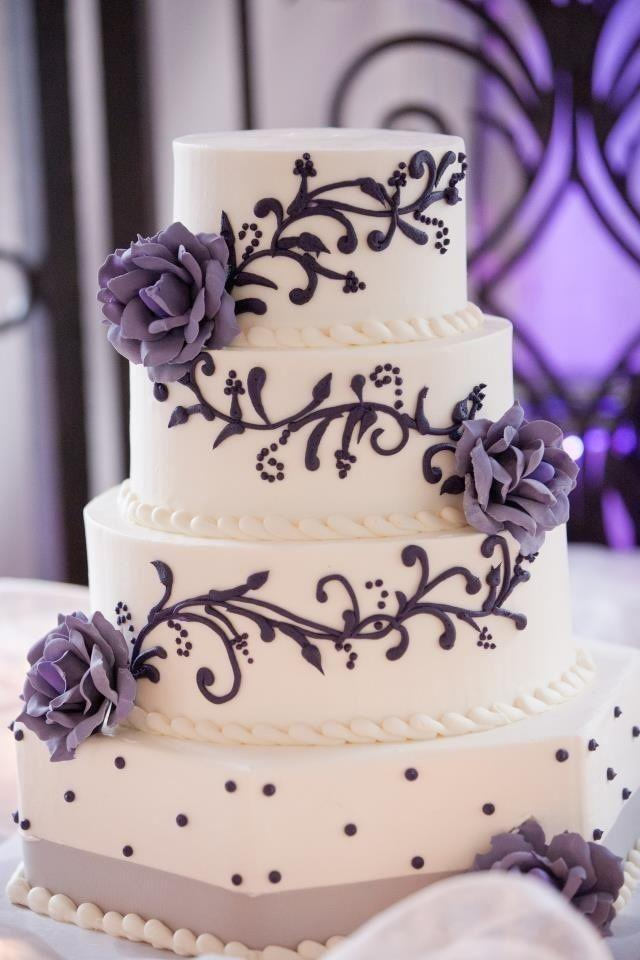 Wedding Cakes   Wedding Cake Ideas  2047933   Weddbook Wedding Cake Ideas