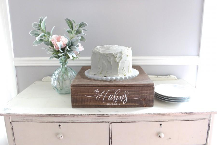 Rustic Wedding Cake Stand  Wooden Cake Stand  Wedding Decor  Vintage     Rustic Wedding Cake Stand  Wooden Cake Stand  Wedding Decor  Vintage Wedding   Rustic Wooden Planter Box