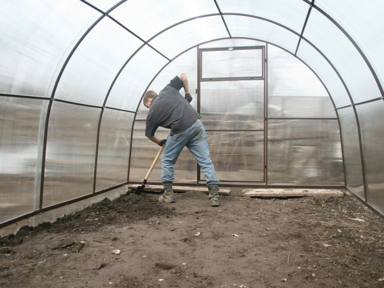 Pumping soil in greenhouse