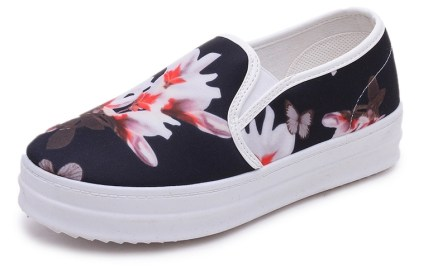 434fa003c1 Canvas Shoes with Flowers | Gardening: Flower and Vegetables
